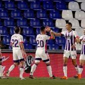 Weissman festeja su tanto con el Real Valladolid.