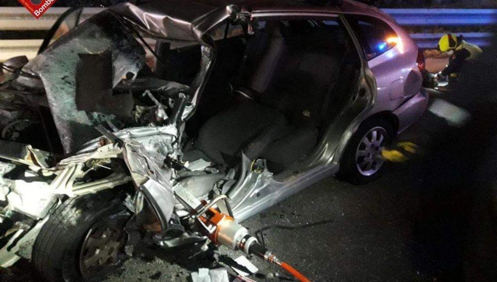 Ayer tuvo lugar un fatal accidente de tráfico en la AP-7 en el término de Torrevieja, con el resultado de una persona fallecida y otra herida de gravedad