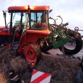 Un turismo chocó por alcance contra un tractor agrícola