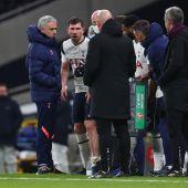 Mourinho, en un lance del partido del Tottenham.