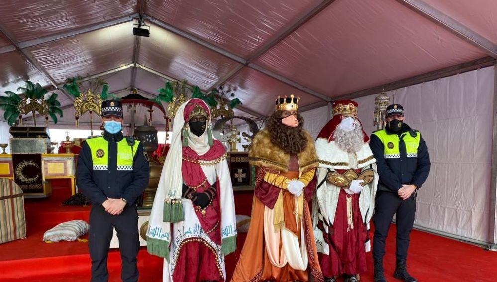 Los Reyes Magos con la Policía Local
