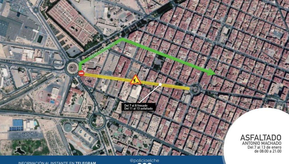 Comienzan los trabajos de asfaltado de la calle Antonio Machado de Elche