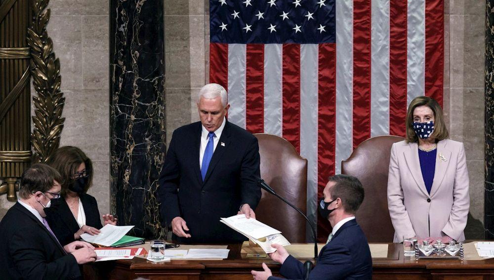 El Congreso de Estados Unidos certifica la victoria de Biden y Harris tras el asalto al Capitolio