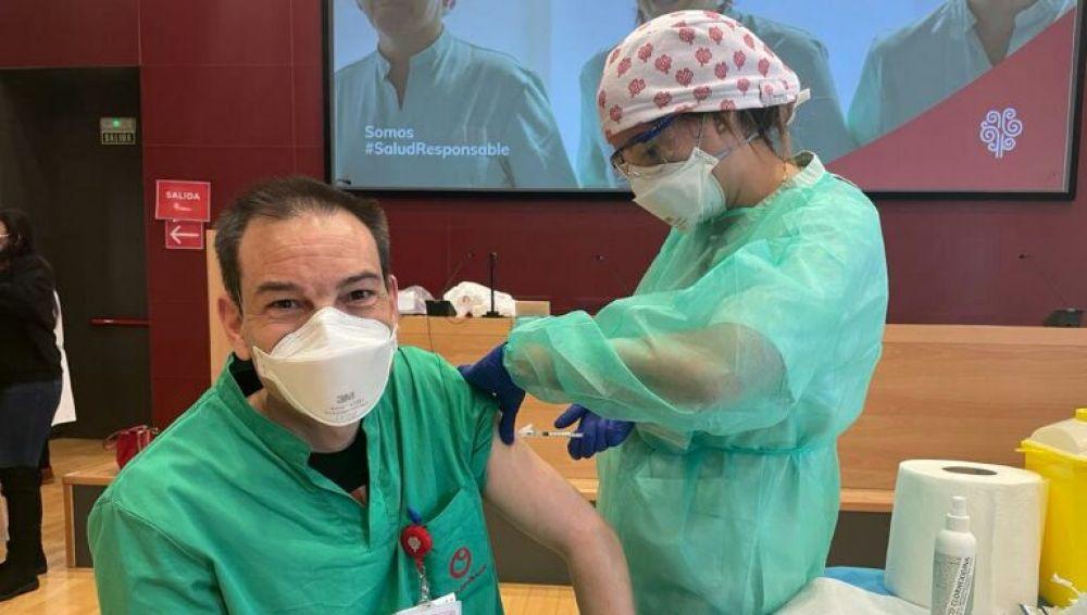 Vacunación contra la covid-19 en el Hospital Universitario del Vinalopó de Elche.