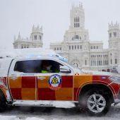 Emergencias asiste tres partos esta madrugada pese a las fuertes nevadas