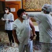 Las dos Residencias de Quintanar han recibido hoy la primera dosis de la vacuna contra el Covid-19