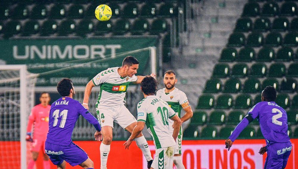 El Elche pierde a Boyé, Fidel, Marcone y Diego González para la final de Valladolid.