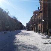 Hielo y nieve en la calle Libreros de Alcalá de Henares