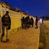 La Guardia Civil desarticula una organización criminal con infraestructura logística en la Vega Baja