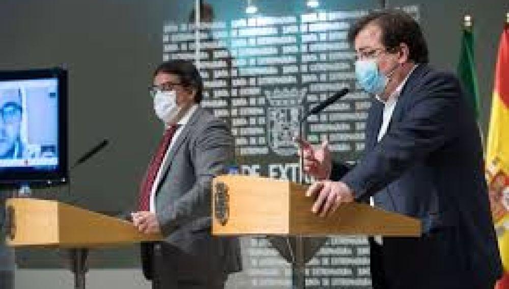 La Junta de Extremadura dice que ningún alto cargo se ha vacunado y que dejará claro el protocolo con una corrección urgente.