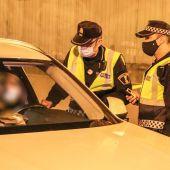 Control nocturno de la Policía
