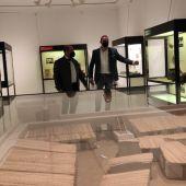 El alcalde de San Fulgencio y el concejal de Cultura visitan el Museo poco antes de su reapertura