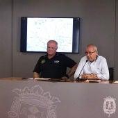 El comisario-jefe de la Policía Local, José María Conesa, y el concejal de Seguridad, José Ramón González