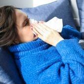 Especialistas indican como tratar los síntomas catarrales asociados al coronavirus