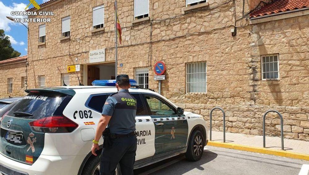 Agente de la Guardia Civil de Novelda.