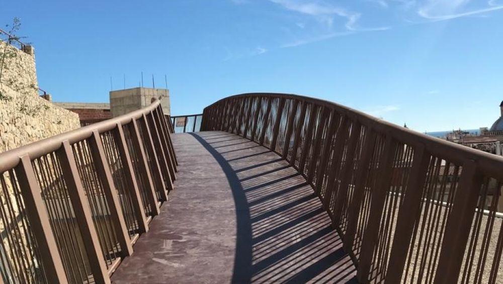 Nueva pasarela peatonal para Santa Cruz