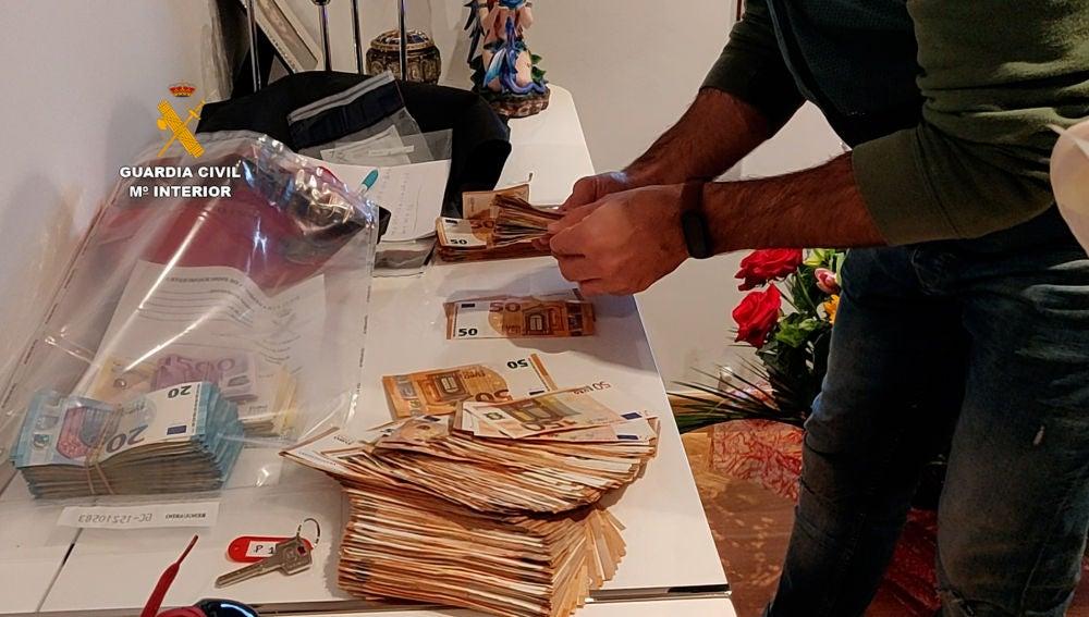 Más de 100 estafados por un grupo que operaba desde Guardamar a través de un bufete de abogados ficticio