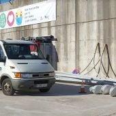 Comienzan las obras para la mejora del alumbrado del puerto de Llanes