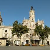 El Ayuntamiento de València alerta a sus empleados tras detectar intentos de estafa en sus contrataciones