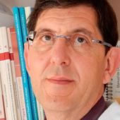 Manuel Villegas, cardiólogo