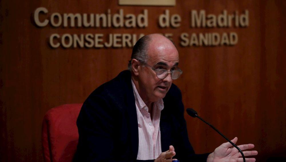 El viceconsejero de Salud, Antonio Zapatero, durante la rueda de prensa para anunciar las zonas básicas confinadas en Madrid
