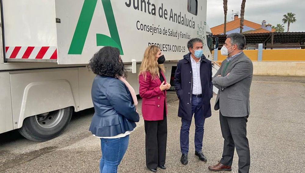 Ana Mestre, hoy en Rota junto al alcalde Javier Ruiz Arana