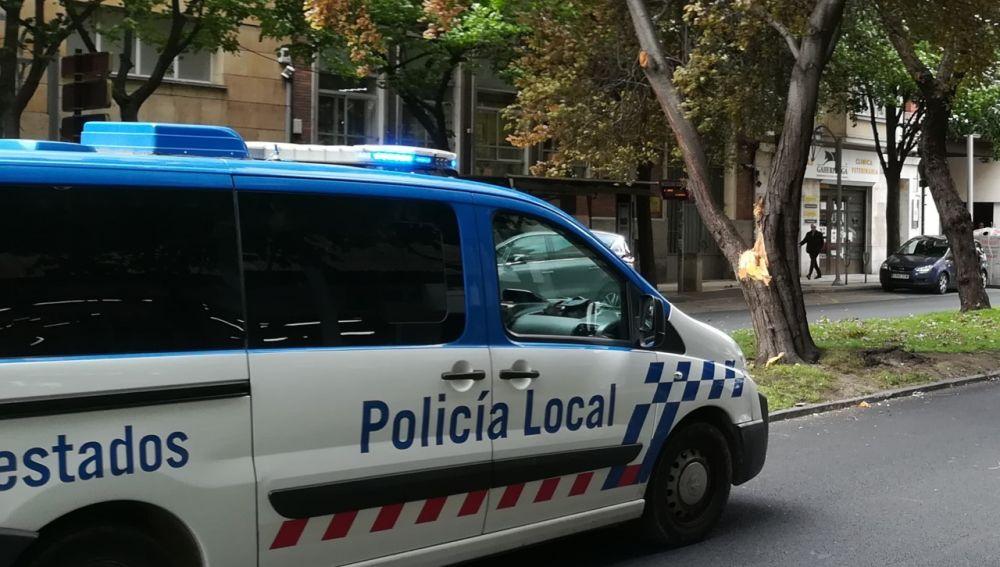 Identificadas 14 personas en la zona de Casa Pequeña por consumir alcohol en vía pública, sin guardar distancia de seguridad y sin mascarilla