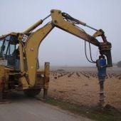 El Consistorio quintanareño lleva a cabo trabajos para deshacer los tocones de los árboles