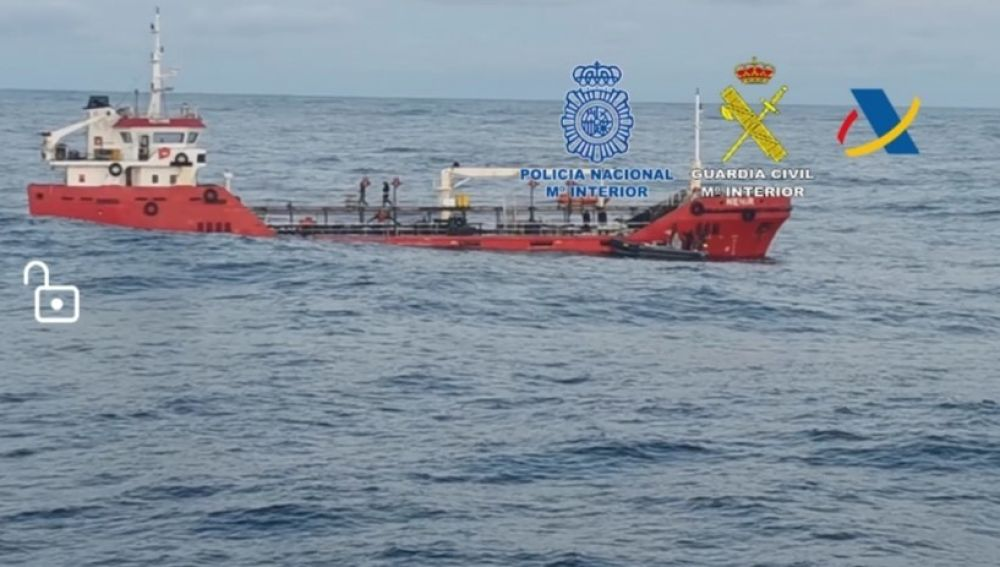 Intervenidas tres toneladas de cocaína frente a la costa de Ribadeo