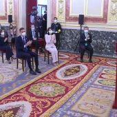 Pablo Iglesias no aplaude al rey Felipe VI en el acto de conmemoración del 23F