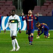 Messi celebra uno de sus goles ante el Elche