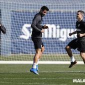 Un momento del entrenamiento del Málaga CF