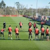 Entrenamienro del Sporting de Gijón en los campos de Mareo