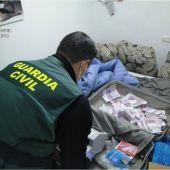 La Guardia Civil destapa una estafa de 50.000 euros con cuatro detenidos en Torrevieja
