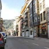 Calle Covadonga en Infiesto
