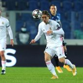 Luka Modric ante Atalanta