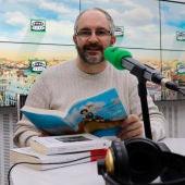 'Hablamos de libros', con Francisco Paniagua, cumple 10 años de emisión en el informativo Noticias fin de semana