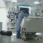 El descenso de contagios se nota ya en los hospitales