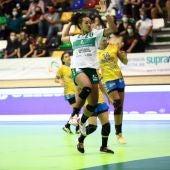 El Elche se juega más que dos puntos en el duelo aplazado ante Rocasa en Gran Canaria.