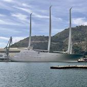 puerto cartagena yate reparacion