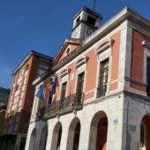 El Ayuntamiento de Piloña concederá ayudas directas al comercio y la hostelería.