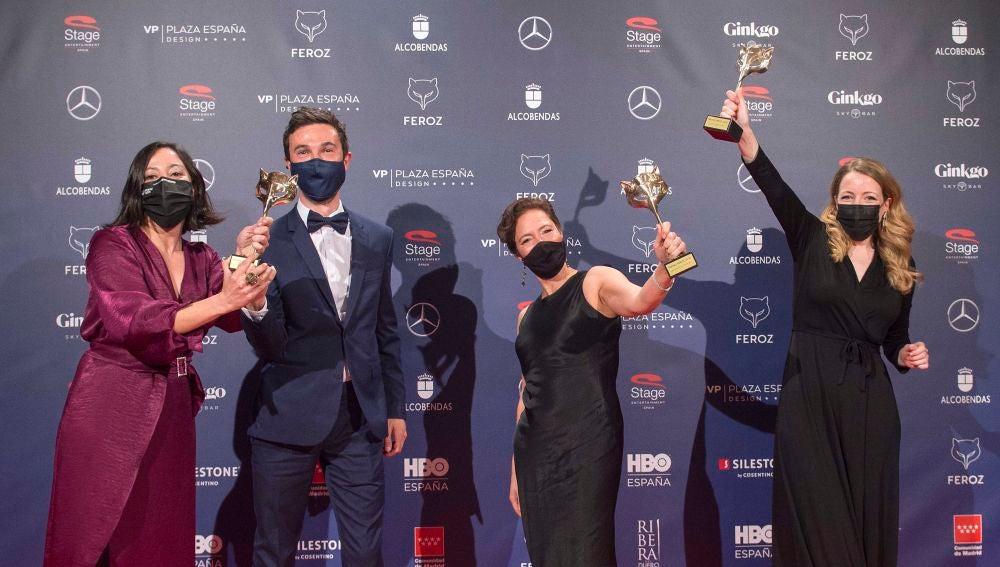 Los productores y la directora de 'Las niñas', Pilar Palomero, celebran el triunfo de la cinta en los Feroz 2021