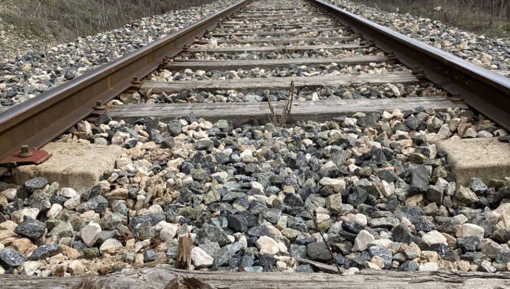 Ferrocarril convencional a su paso por Cuenca