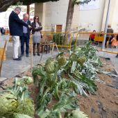José Antº Latorre, edil de Fomento, marzo sigue siendo el mes de la alcachofa en Almoradí