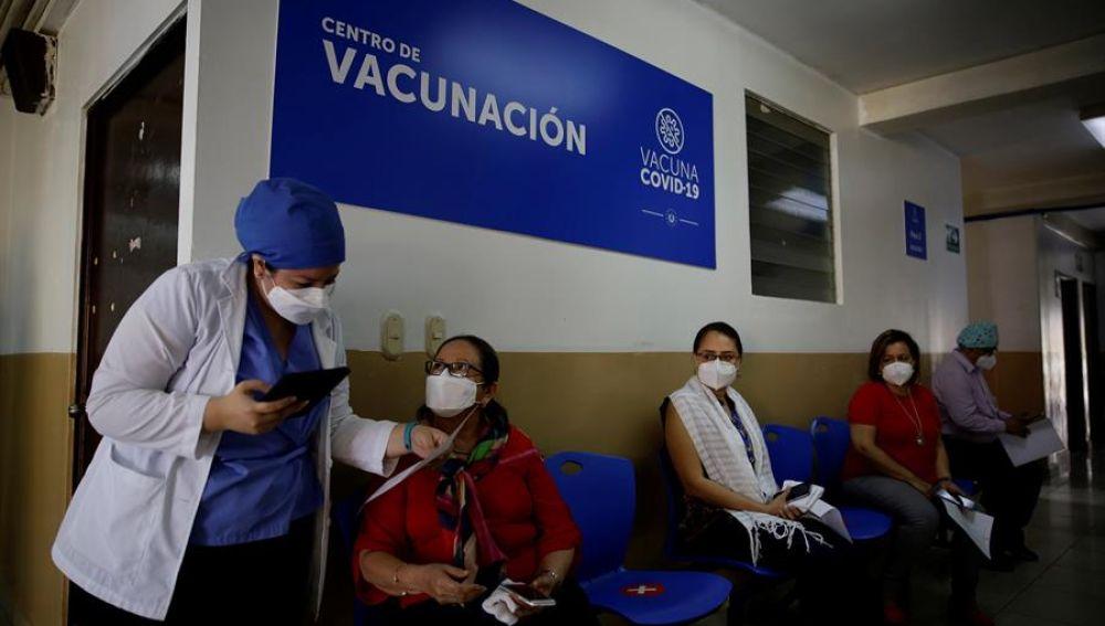 Nuevas medidas en Madrid, restricciones para Semana Santa en Andalucía, Cataluña, Valencia y últimas noticias del coronavirus en España hoy
