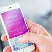 Aplicación de Instagram en pantalla de inicio de sesión