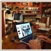 La Sociedad Cervantina de Alcázar muestra telemáticamente la cocina del Quijote a alumnos italianos