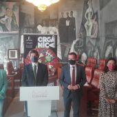 Las autoridades han presentado en la Diputación el nuevo servicio del contenedor marrón
