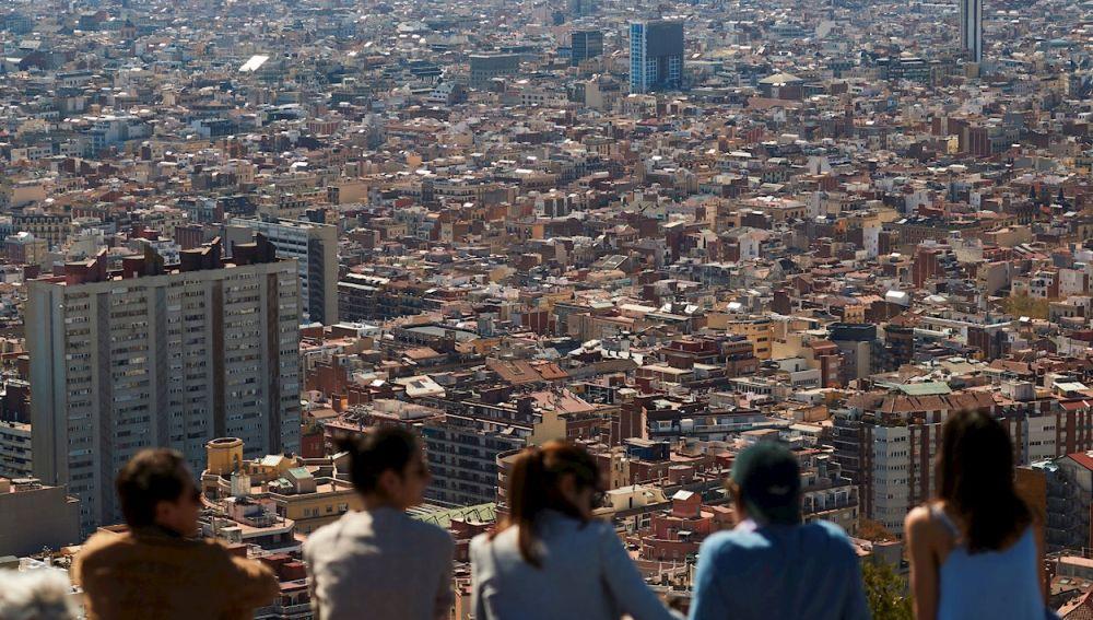 Cataluña anuncia las restricciones para Semana Santa y mantendrá los horarios y medidas en bares y restaurantes