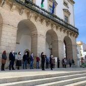 Minuto de silencio en Cáceres en repulsa por los asesinatos de mujeres víctimas de la violencia machista en este primer trimestre